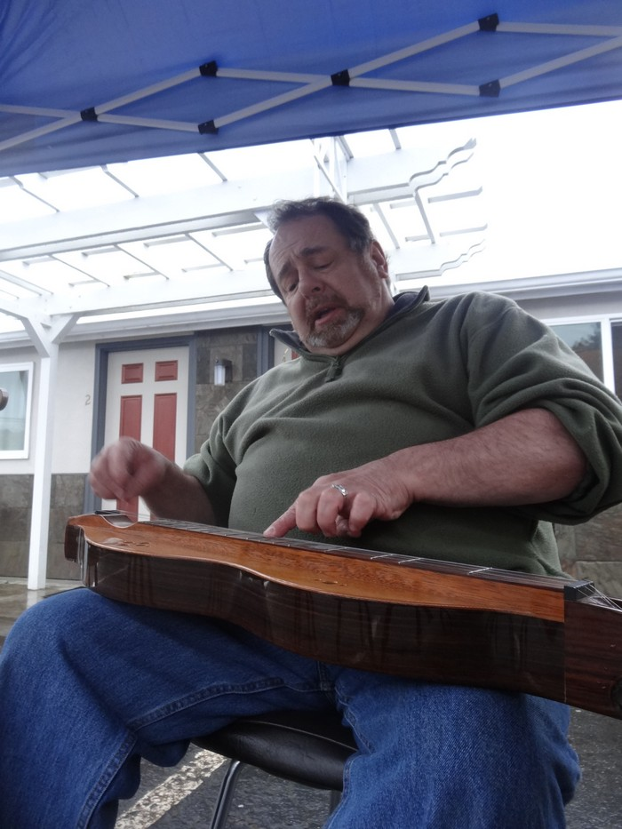Dulcimer Performance